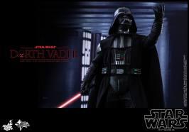 Hot Toys Star Wars Darth Vader figure - arm up