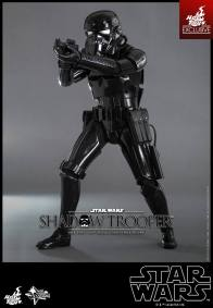 Hot Toys Star Wars Shadowtrooper -wide aim