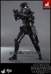 Hot Toys Star Wars Shadowtrooper -wide aim