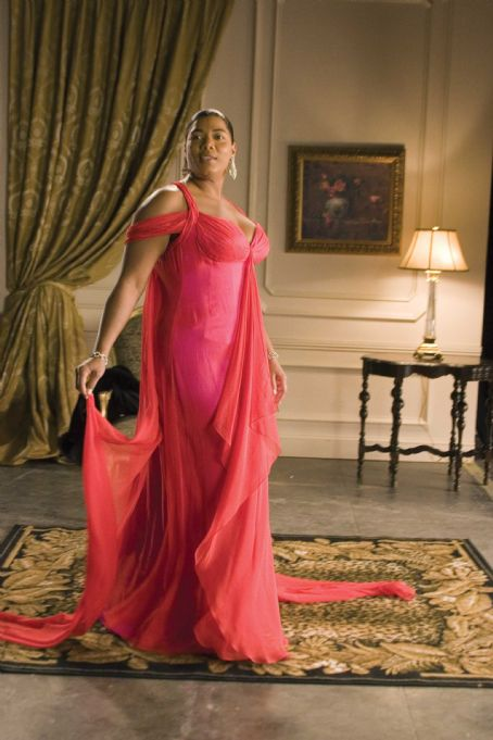 Last Holiday 2006 - Queen Latifah as Georgia Byrd in gown