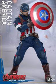 Hot Toys The Avengers Age of Ultron Captain America - holding shield up to block