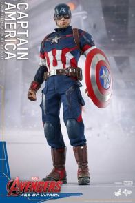 Hot Toys The Avengers Age of Ultron Captain America - straight up stance