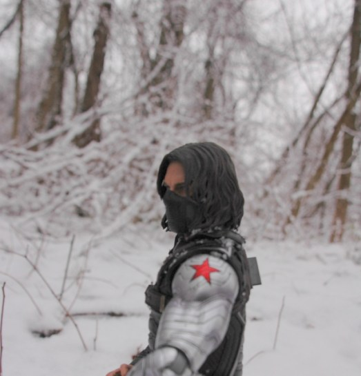 Hot Toys The Winter Soldier - back turned