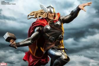 Thor Marvel Premium Format Figure - side shot