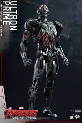 Hot Toys Age of Ultron - Ultron Prime - standing