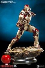 Iron Man Mark 42 maquette - scale shot
