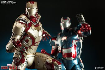 Iron Man Mark 42 maquette - with Iron Patriot