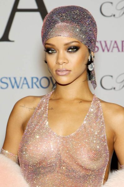 Rihanna elegant dress