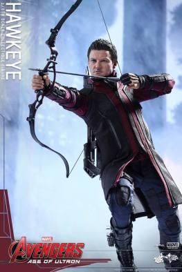 Avengers Age of Ultron Hawkeye figure - aiming