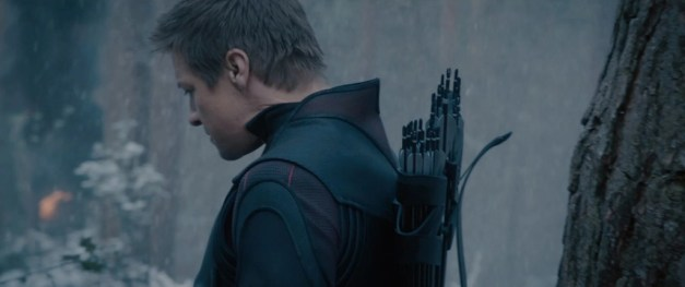 avengers-age-of-ultron-movie-screenshot-jeremy-renner-hawkeye-3