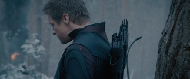 avengers-age-of-ultron-movie-screenshot-jeremy-renner-hawkeye-3