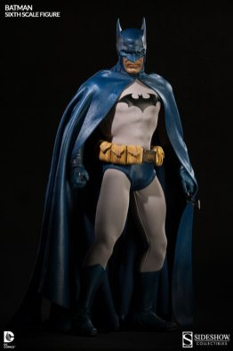 Batman Sideshow Collectibles 12 inch figure - at the ready