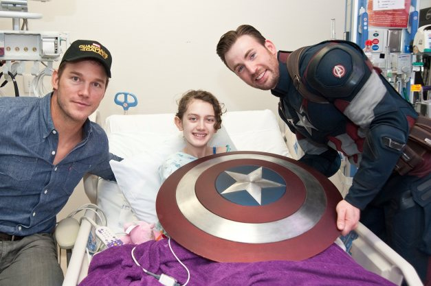 Chris Pratt and Chris Evans as Captain America at Seattle Children's Hospital