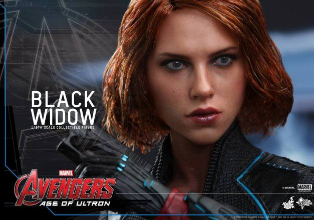 Hot Toys Avengers Age of Ultron - Black Widow - close up