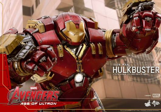 Hot Toys Avengers Age of Ultron - Hulkbuster Iron Man - arms up