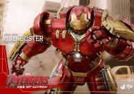 Hot Toys Avengers Age of Ultron - Hulkbuster Iron Man - running ahead