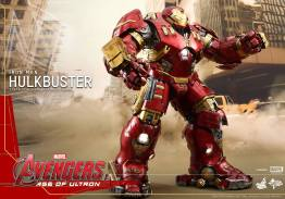 Hot Toys Avengers Age of Ultron - Hulkbuster Iron Man - side shot