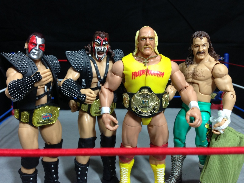 Hulk Hogan Defining Moments figure - Survivor Series 89 team Demolition and Jake the Snake