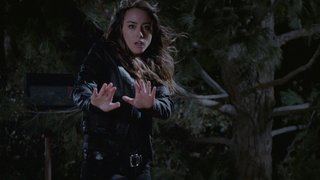 Agents of SHIELD - One Door Closes - Skye using powers