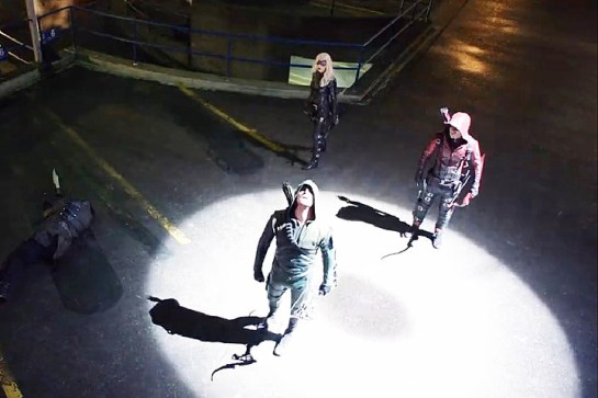 Arrow - Public Enemy - Arrow, Black Canary and Arsenal