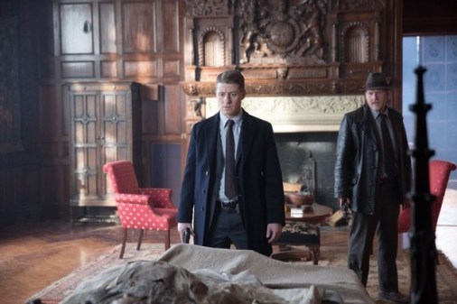 Gotham - Under the Knife - Gordon and Bullock investigate