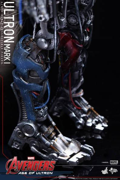Hot Toys Avengers Age of Ultron - Ultron Mark 1 - feet