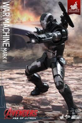 Hot Toys Avengers Age of Ultron War Machine - repulsor ready