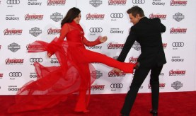 Ming Na Wen vs Jeremy Renner Avengers Age of Ultron premiere3