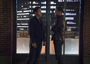 Arrow - My Name is Oliver Queen - Malcolm and Oliver