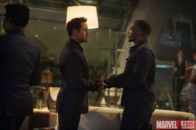 Avengers Age of Ultron - Tony Stark and Falcon-002