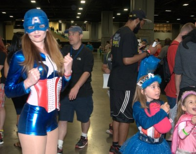 Awesome Con 2015 Day 1 cosplay -Captain America and girls