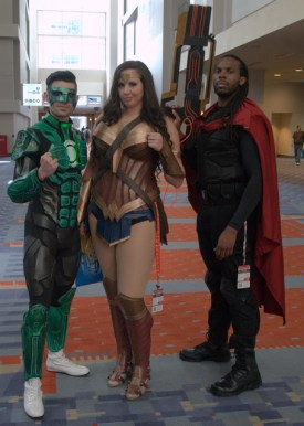 Awesome Con 2015 Day 1 cosplay - Green Lantern, Wonder Woman and Bishop2
