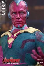 Hot Toys Avengers - Age of Ultron - Vision -close up