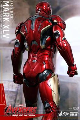 Hot Toys Iron Man Mark XLV figure - full rear