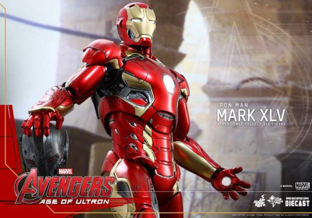 Hot Toys Iron Man Mark XLV figure - wide pic