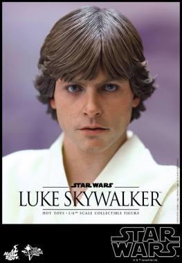 Hot Toys Star Wars Luke Skywalker - close up