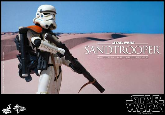 Hot Toys Star Wars Sandtrooper- with rifle