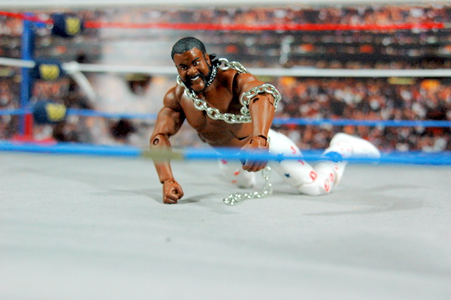 Junkyard Dog figure Mattel WWE Elite 33 - JYD on all fours