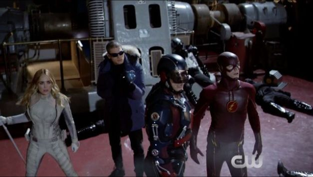 Legends-of-Tomorrow - White Canary, Captain Cold, Atom and Flash