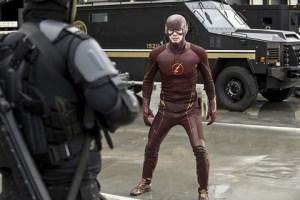 The Flash - Grodd Lives - Eiling vs Flash