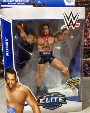 WWE Elite 34 Rusev review pics - package