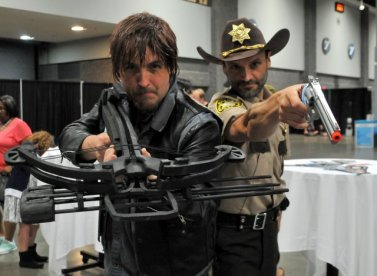 Awesome Con 2015 cosplay Day 2- Daryl and Rick Grimes