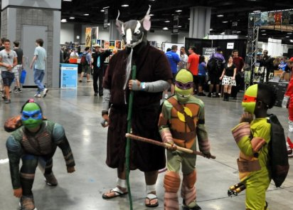 Awesome Con 2015 cosplay Day 2- Splinter and Turtles