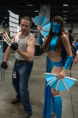 Awesome Con 2015 cosplay Saturday - Logan and Kitana2
