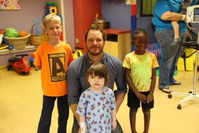 Chris Pratt at Our Lady of the Lake Children's Hospital - hanging with kids