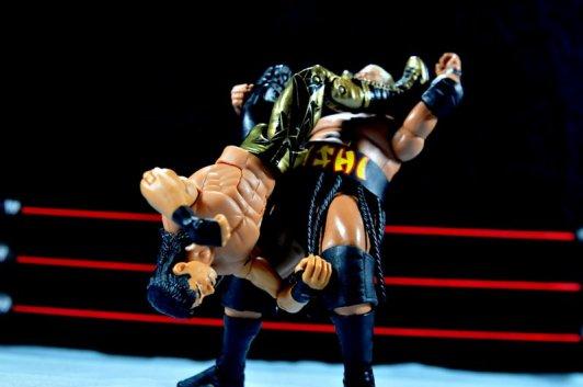 Eddie Guerrero Hall of Fame figure review -hurricarana