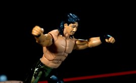 Eddie Guerrero Hall of Fame figure review -launching frog splash