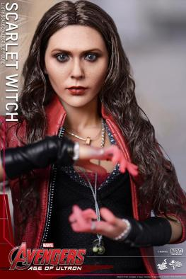 Hot Toys Avengers Age of Ultron Scarlet Witch figure - conjuring mind screw