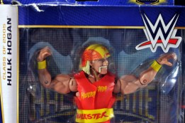 Hulk Hogan Hall of Fame figure - close up in package