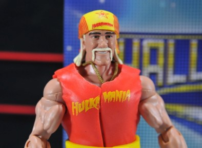 Hulk Hogan Hall of Fame figure -close up out of package